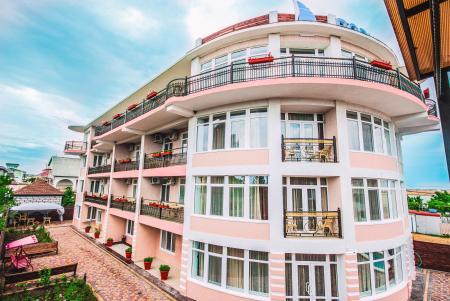 Отель Парус Береговое (Феодосия)