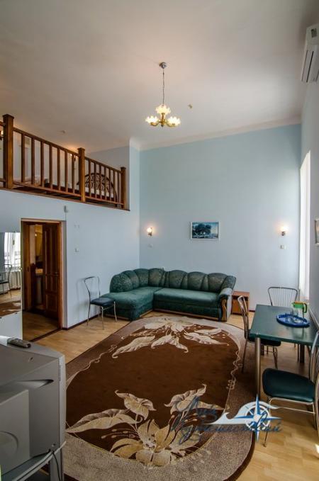 2-х местный 2-х уровневый без балкона №3, юг (с доп. местом)