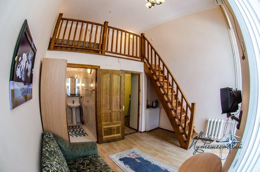 Пансионат Трехгорка Евпатория 2-х местный 2-х уровневый с балконом №4, 5 север (без доп. места)