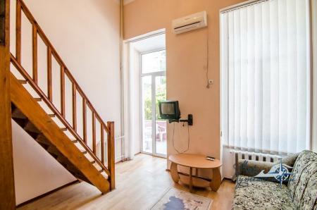 2-х местный 2-х уровневый с балконом №4, 5 север (без доп. места)