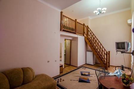 2-х местный 2-х уровневый без балкона №6, север (с доп. местом)