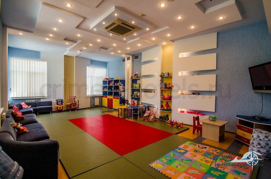 Детский клуб, корпус Мирный