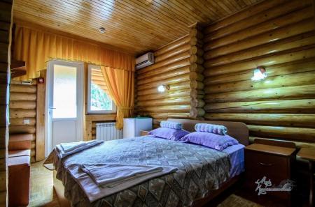 Деревянный коттедж 1комнатный 2 местный