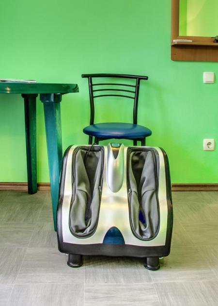 лечебный корпус  - кабинет механического массажа