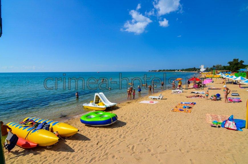 Пансионат Строитель Заозерное Пляж
