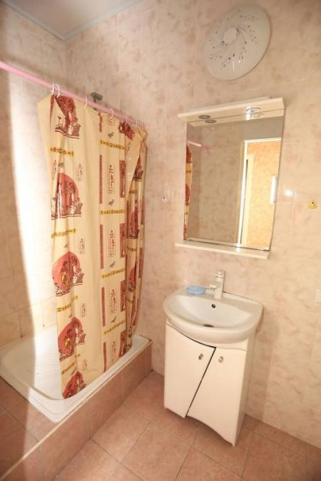 Полулюкс 2-х комнатный, 1-2 этаж (1 корпус)