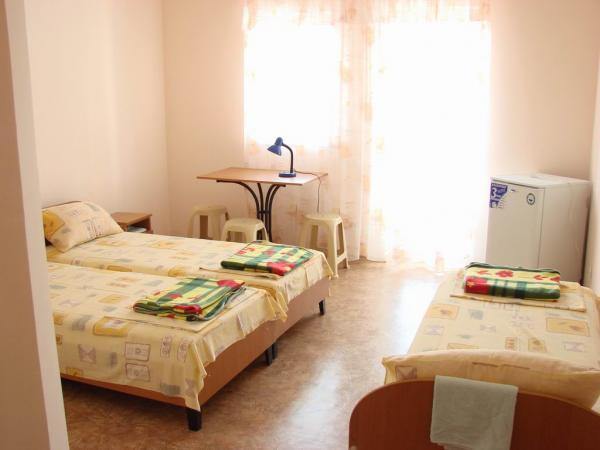 Отель Южный Бриз Штормовое 3-4 местный номер