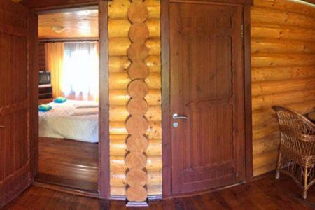 4-местный 2-комнатный, корпус Сруб (двухэтажный)