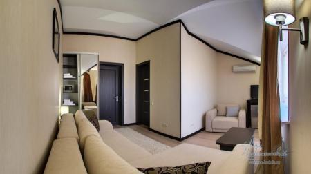 Однокомнатный стандарт с балконом до 3–х чел
