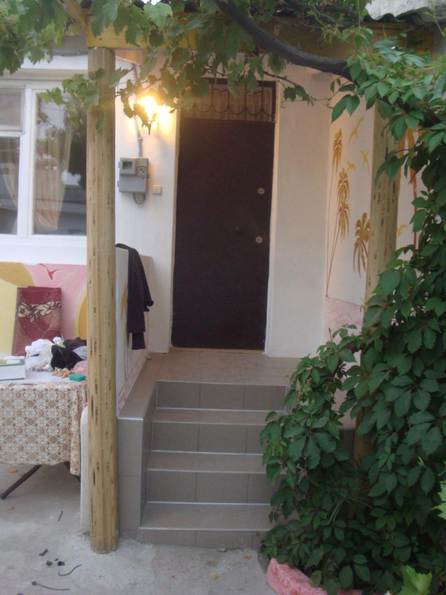 Апартаменты Дом 3 комн. в Евпатории ул Средняя 63 кв 2 Евпатория фото 2013 года