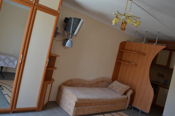 Апарт-отель Эллинги У моря (Дельфин 93) Евпатория 1 комнатный  2-4 местный №34