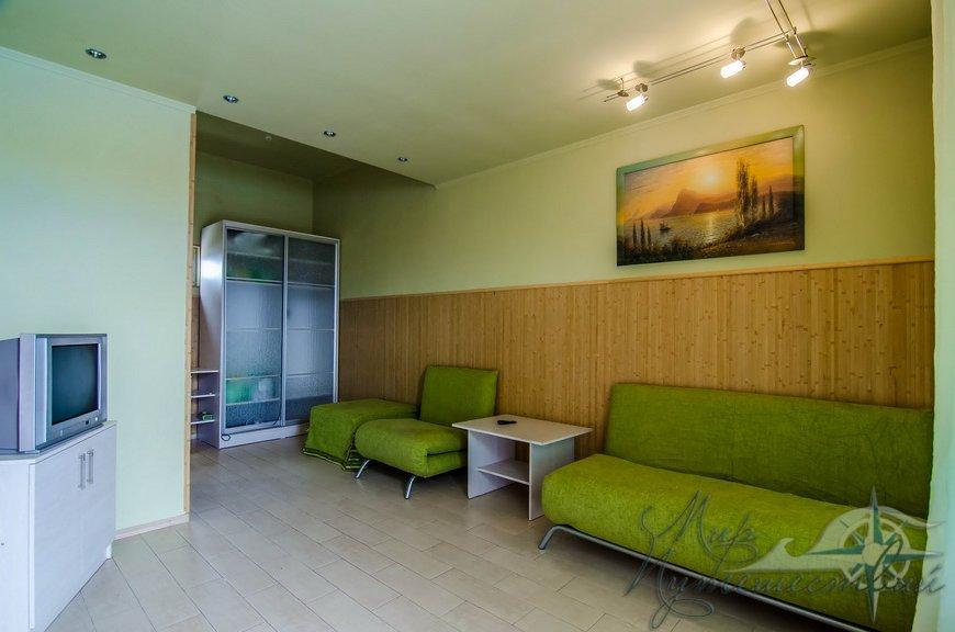 Апарт-отель Эллинги У моря (Дельфин 93) Евпатория 1 комнатный  2-4 местный №37а