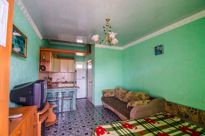 Апарт-отель Эллинги У моря (Дельфин 93) Евпатория 1 комнатный  2-4 местный №38а