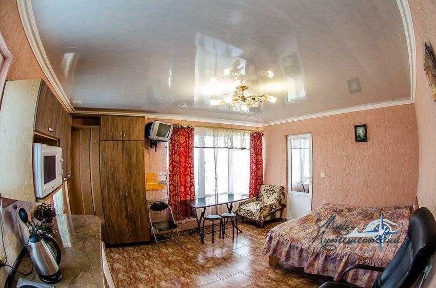 Апарт-отель Эллинги У моря (Дельфин 93) Евпатория 2 комнатный 2-4 местный с кухней №14а