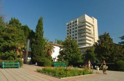 Голден (ЗОЛОТОЙ КОЛОС)  Алушта Большая Алушта южный берег Крыма
