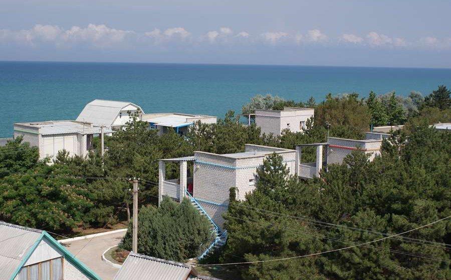 База отдыха У Лукоморья Песчаное Крым бюджетный отдых в Крыму