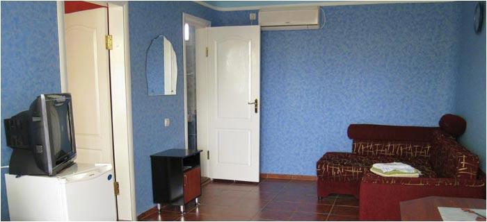 Гостиничный Комплекс Киви-Манго-Папая-Виктория Феодосия номер 2 комнатный