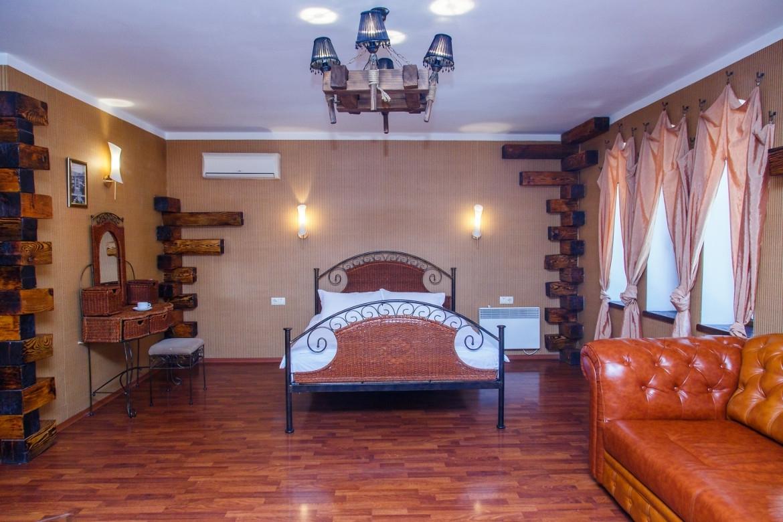 Отель Mare-Nero Алупка Полулюкс деревянный