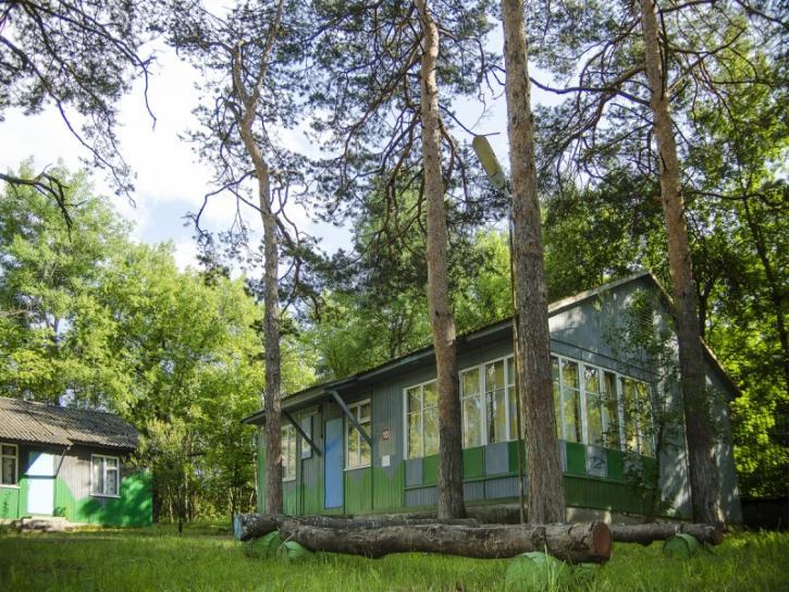 Туристско-Оздоровительный Комплекс Орлиный залет Соколиное 4-х местный домик