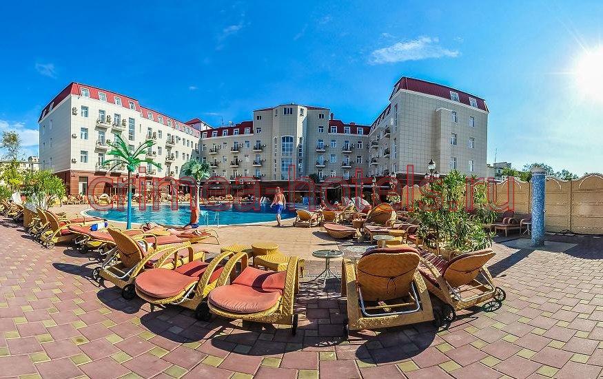 Отель Украина-Палас (Ukraine Palace) Евпатория Бассейн