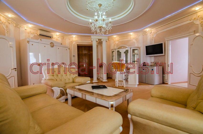 Отель Украина-Палас (Ukraine Palace) Евпатория Апартаменты