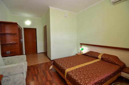 2-х местный Стандарт с двуспальной кроватью