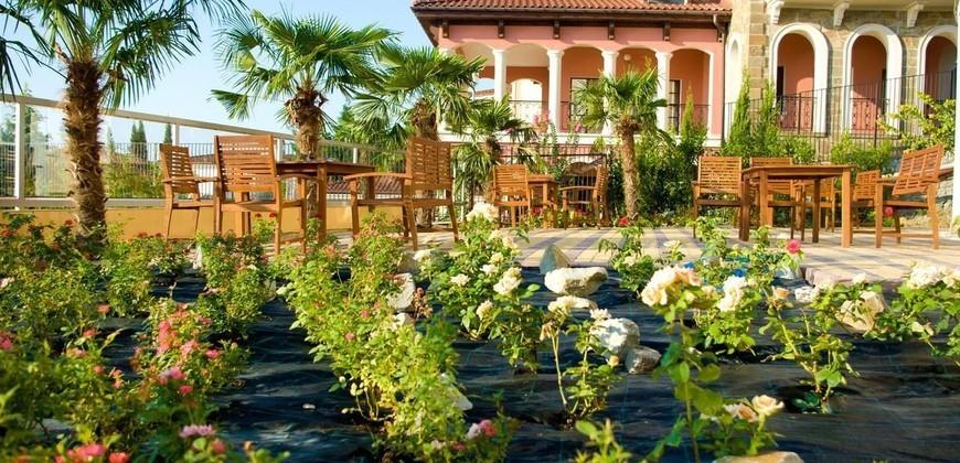 Ягуар Гурзуф отель.Отель Ягуар Ялта . ОТдых Ялта Гурзуф Южный берег Крыма