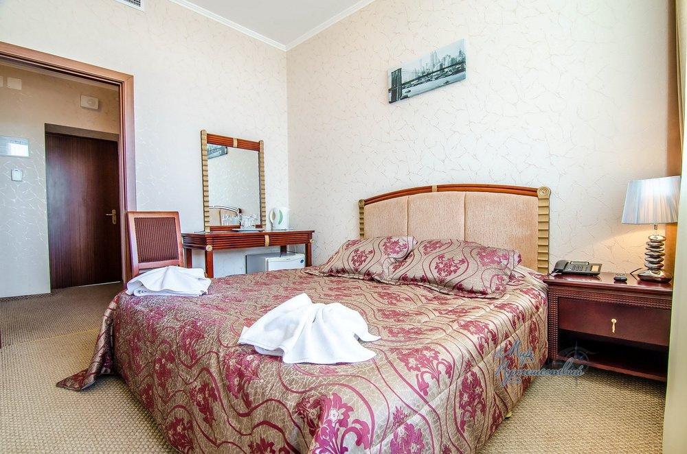 Отель ТЭС Отель Евпатория Стандарт 1 -й вариант