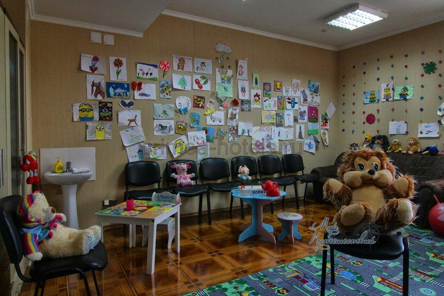 Отель ТЭС Отель Евпатория Детская комната