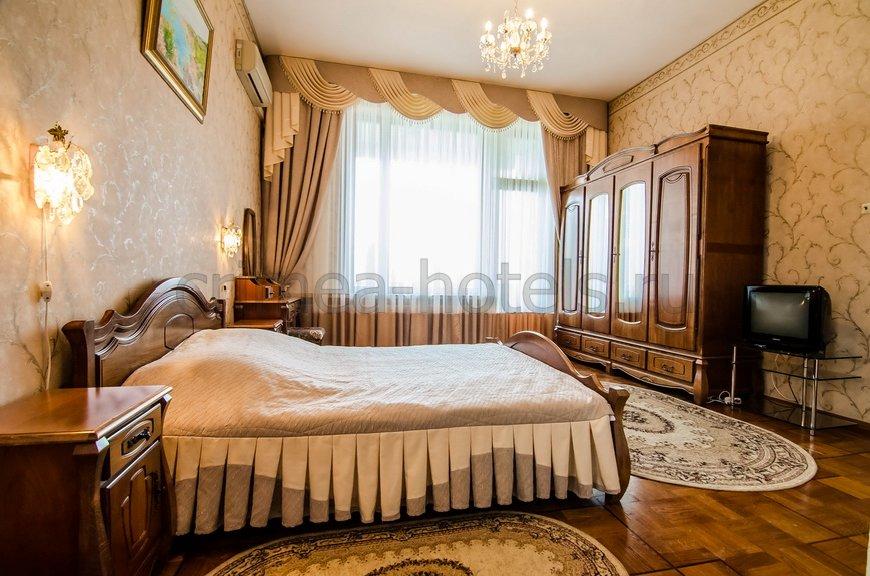 Санаторно-Оздоровительный Комплекс Россия Ялта Корпус №4 VIP - 2комнатный 2местный апартамент