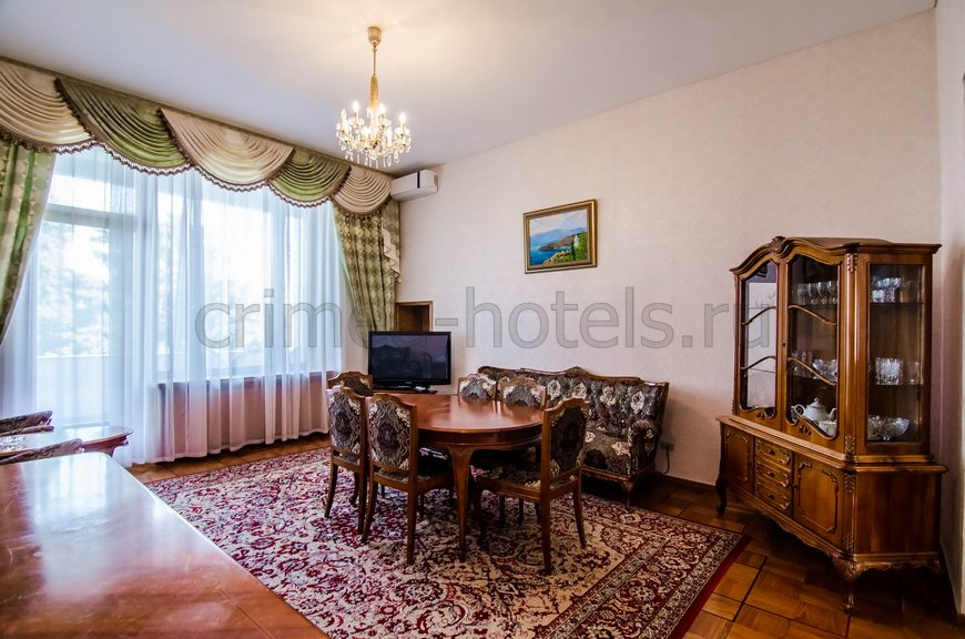 Санаторно-Оздоровительный Комплекс Россия Ялта Корпус №4 VIP - 3комнатный 4местный апартамент