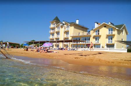 Отель Дивный Мир Золотой песок (бывший ТОК «Золотой пляж» корпус2) Береговое (Феодосия)