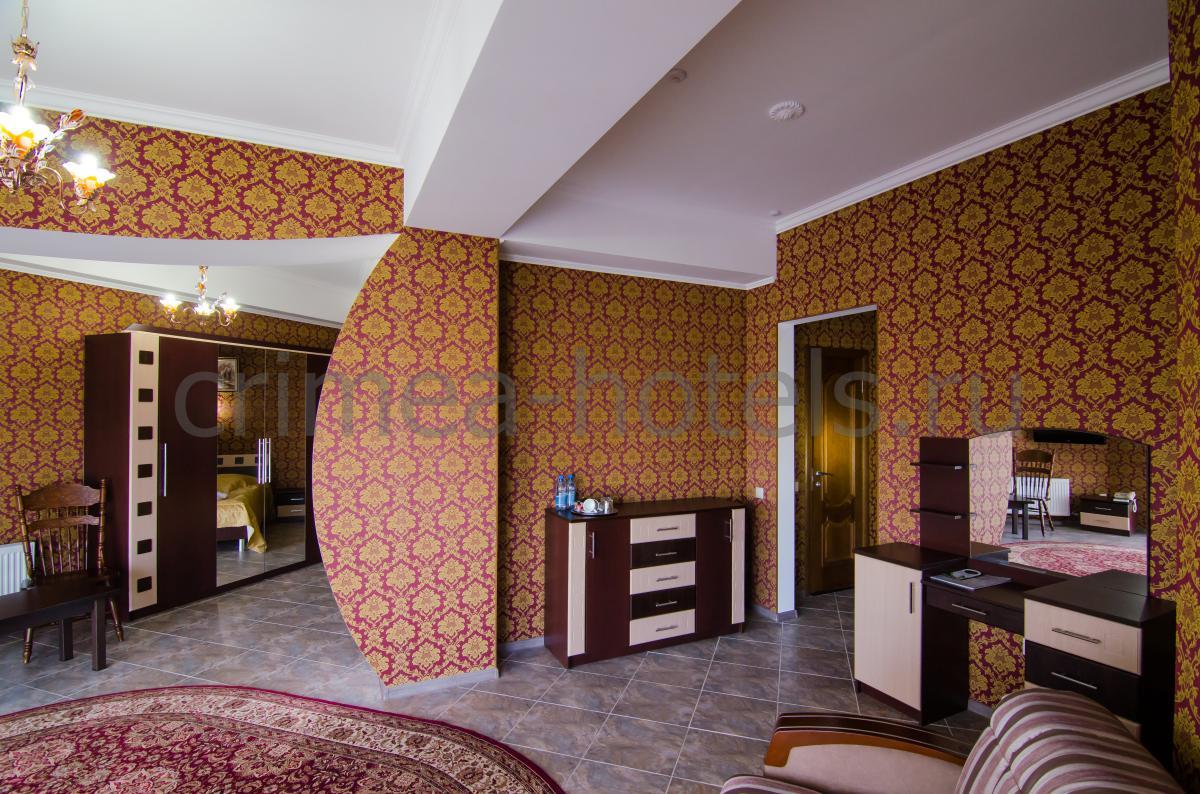 Отель Калифорния Евпатория Полулюкс №206