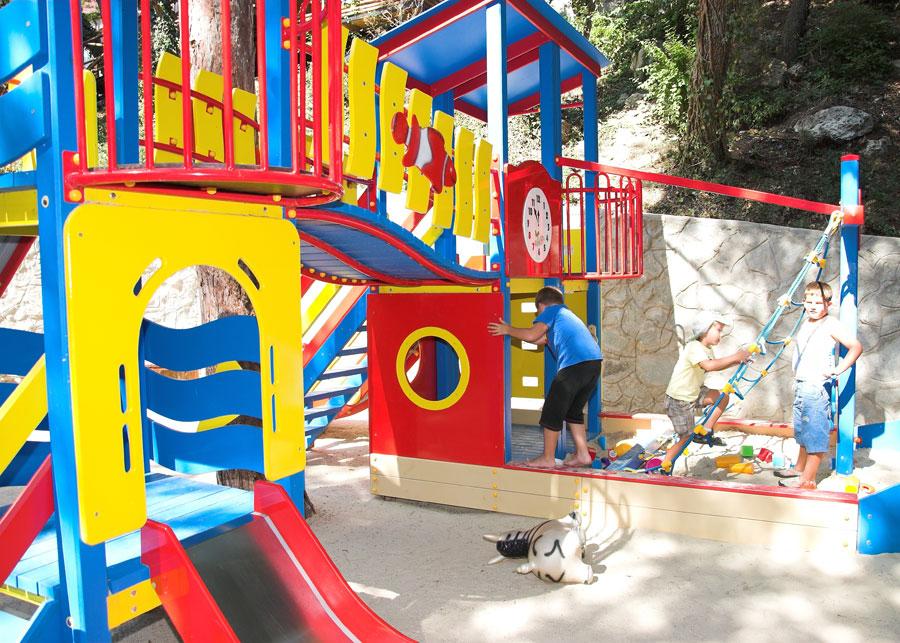 Отель Рубикон Гаспра детская площадка