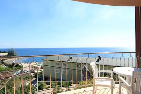 Вид с балкона Люкс 2-местный 2-комнатный
