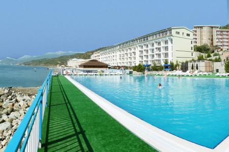 Курортный отель Морской Алушта