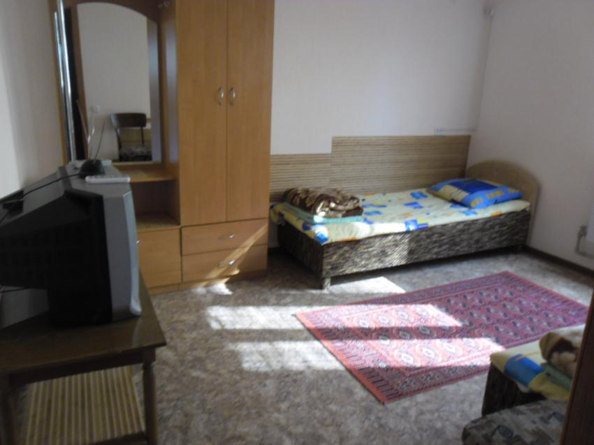 Дом 2 комнатный дом Средняя 65 кв 2 Евпатория SAM_0041