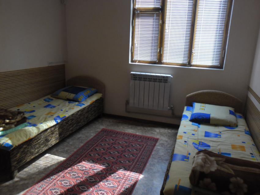 Апартаменты 2 комн.  на ул Средняя 65 кв 5 Евпатория SAM_0042