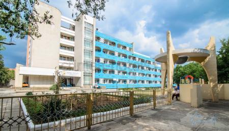 Отель Family Resort (Фемили Резорт) Евпатория