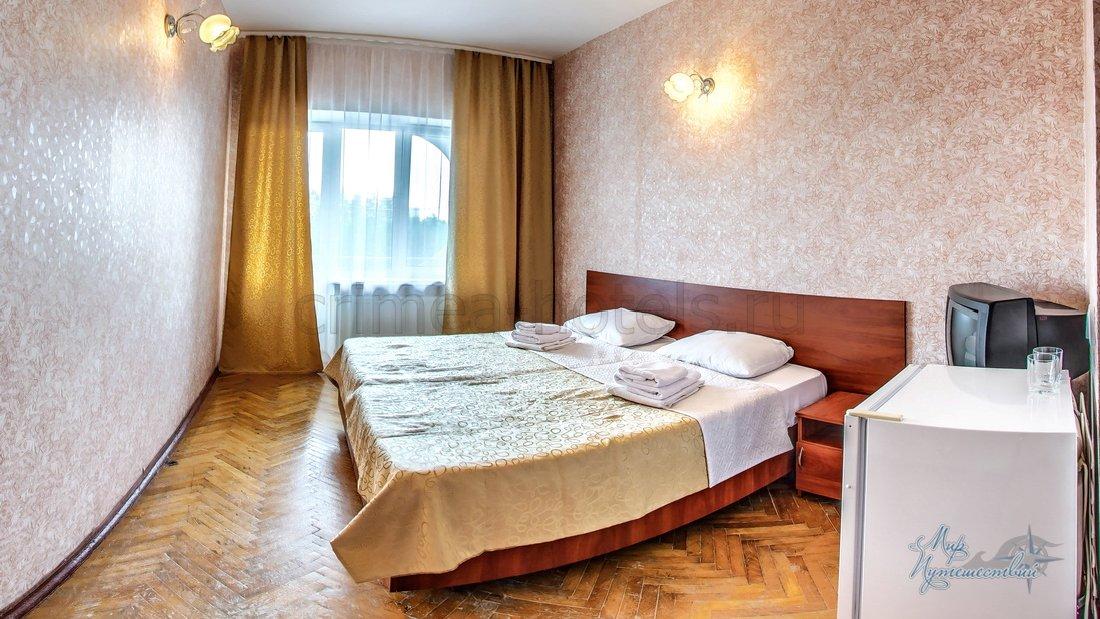 Отель Family Resort (Фемили Резорт) Евпатория 1комнатный 2 местный стандарт