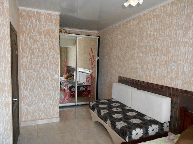 1-но комнатный 3-х местный апартамент с кухней