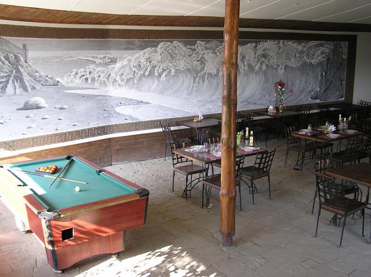 Отель Бастион Судак бар, бильярд