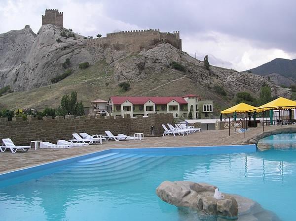 Отель Бастион Судак Отель «Бастион»