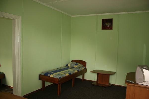Отель Бастион Судак 2-х комнатный номер корпус №2