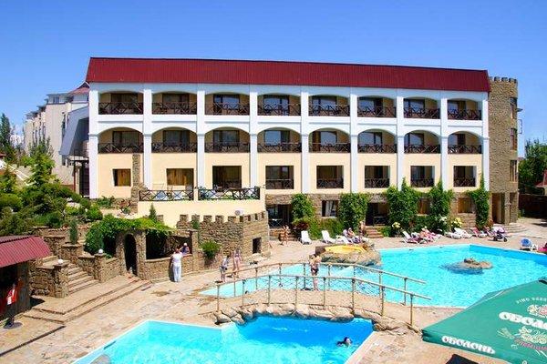 Отель Бастион
