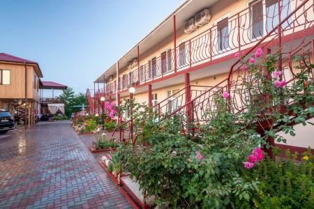 Отель Ласточка 117 Феодосия
