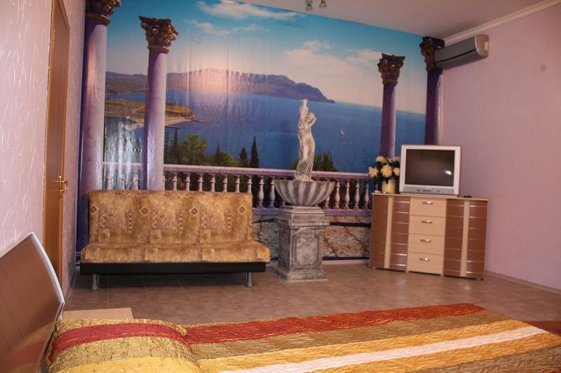 Пансионат Джулия Евпатория 1 комнатный номер с кухней (1 этаж)