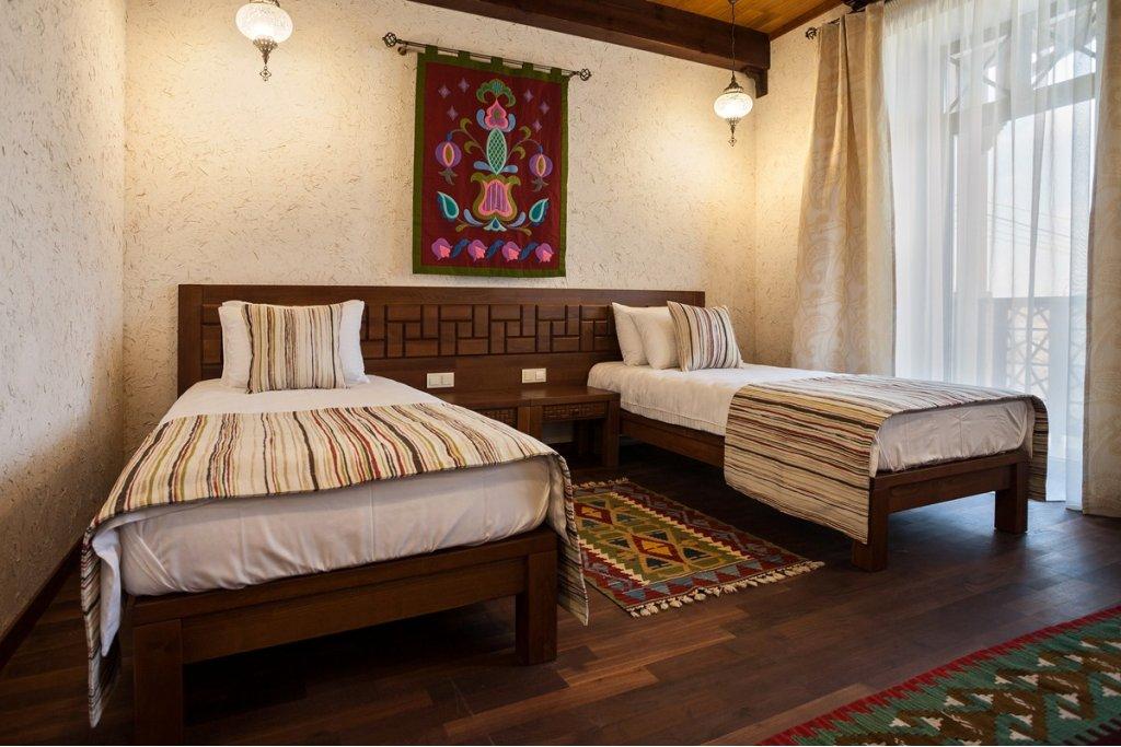 Гостиница Джеваль Евпатория 2-х местный Стандарт (без балкона)