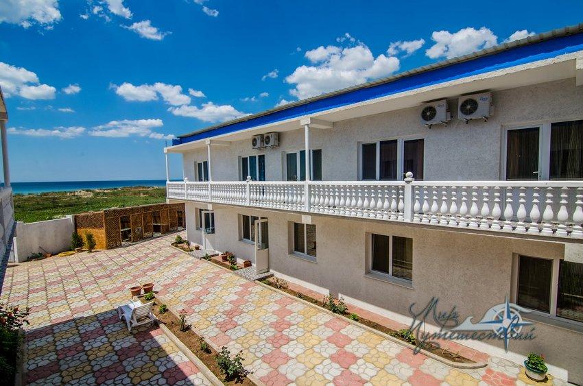 Уют в Заозерном пансионат Евпатория гостиница Крым отдых пансионат Уют отдых в Заозерном