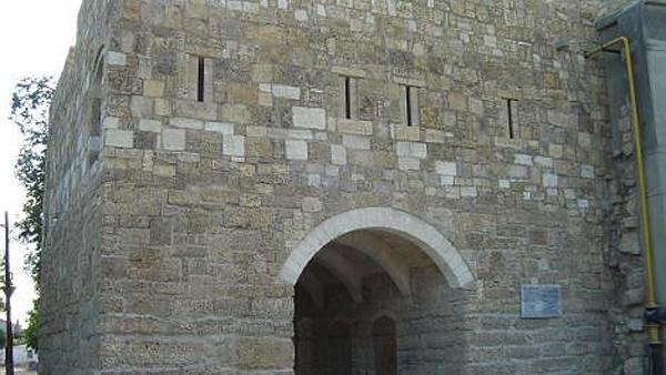 Памятники, исторические объекты Одун-базар-къапысы Евпатория Одун-базар-къапысы, Евпатория